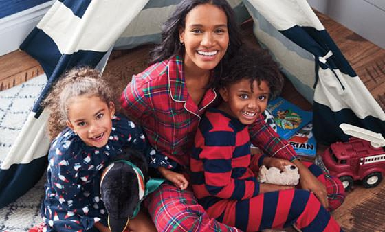 Shop women's, men's & childrens sleepwear & nightwear